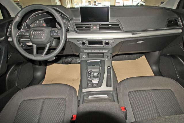 Audi Q5 35 TDI Quattro S-Tronic S-LINE, AHK, Matrix LED, Kamera, MMI Plus