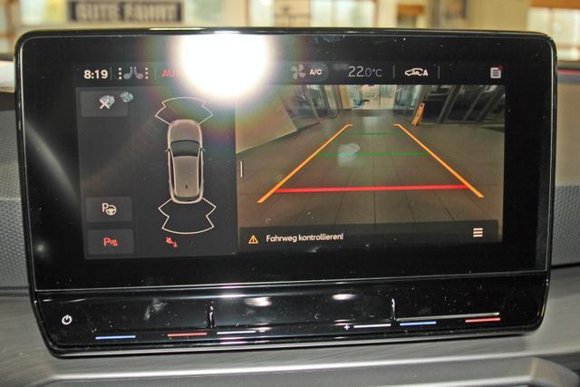 Lagerfahrzeug Seat Leon - 1.5 TSI FR, Navi, Kamera, ACC, LED, 18-Zoll