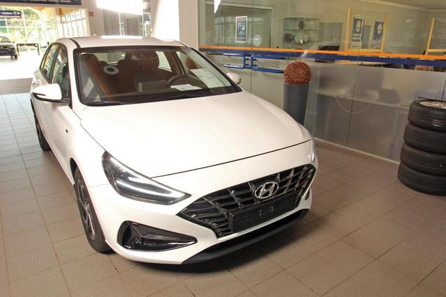 Hyundai i30 - 1.5 T-GDi DCT Comfort, Kamera, Navi, LED