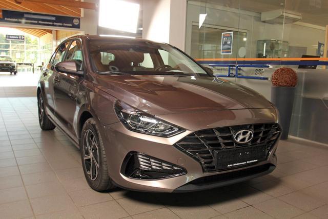 Hyundai i30 - 1.5 T-GDi DCT Comfort, Kamera, Navi