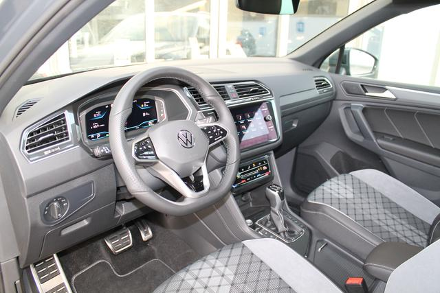 "VW Tiguan - R-Line 1,5 TSI DSG Navi IQ.LightLED 20"" Fahrerassistenzpaket Camera - Lagerfahrzeug"