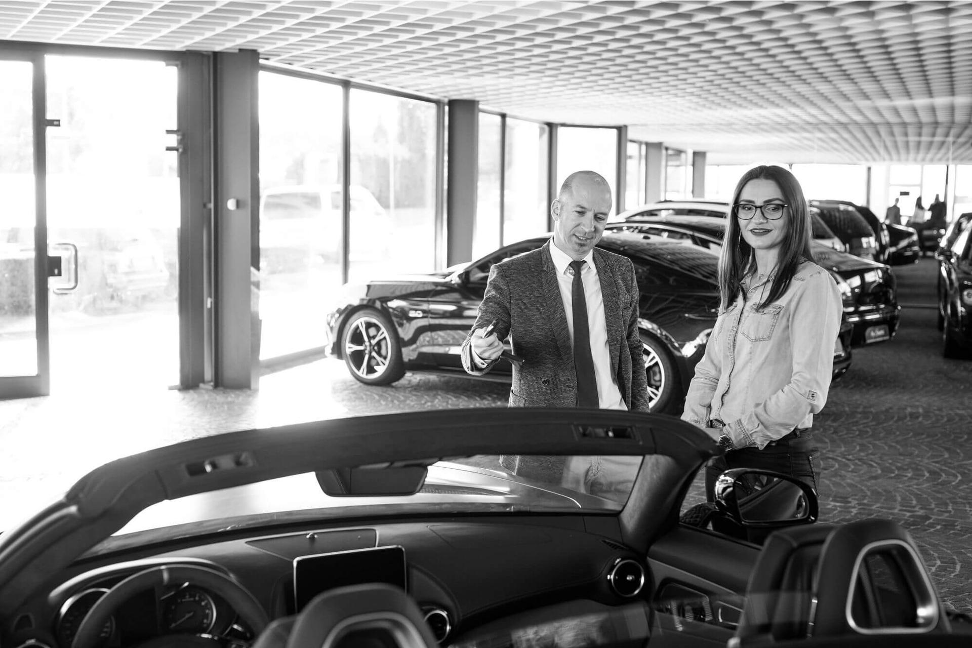Murr Car Center Wir verkaufen seit über 15 Jahren erfolgreich Neu-, Jahres- und Gebrauchtwagen namhafter Hersteller