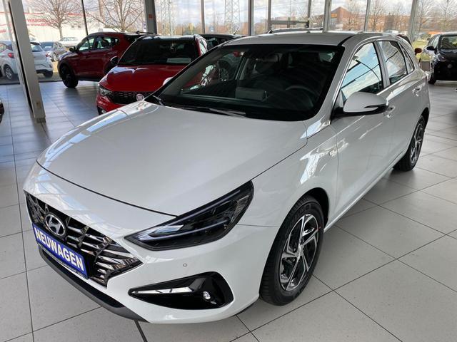 Vorlauffahrzeug Hyundai i30 - HB 1.5 T-GDI 48V Premium  Mildhybrid FACELIFT 2020 7DCT T.Leder Smart key Navi LED Klimaauto PDC