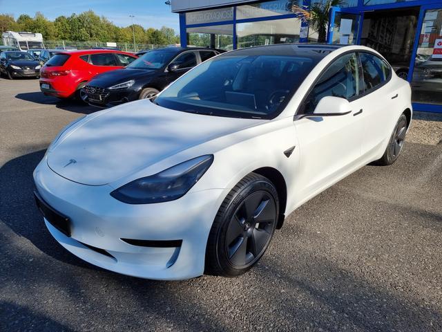 Gebrauchtfahrzeug Tesla Model 3 - Standard Plus REFRESH 2021, Hinterradantrieb