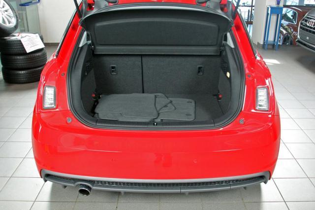 Audi A1 1.0 TFSI ultra, S-Line, 1. Hand, Sitzheizung