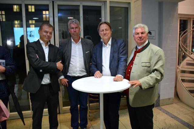 23.9.2019: Verleger Michael Volk, Historiker Dr. Andreas Heusler, Stadtarchiv-Direktor Dr. Michael Stephan, Alex-Sohn Werner Ebstein