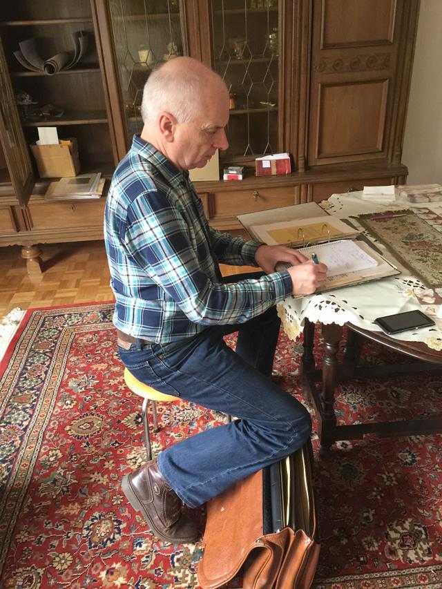 30.03.15: Christoph Wilker in der Wohnung von Alex Ebstein nach dessen Tod 2015
