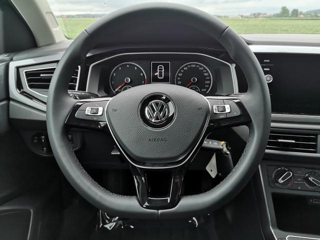 Volkswagen Polo - 1,0TSi Highline PDC v h ACC APP Sitzh. Vorlauffahrzeug