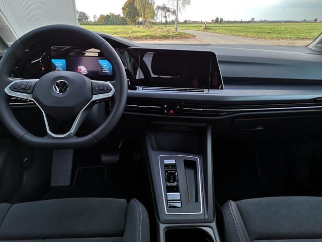 Volkswagen Golf 8 2.0TDi Style DSG Navi ACC LED Keyless go