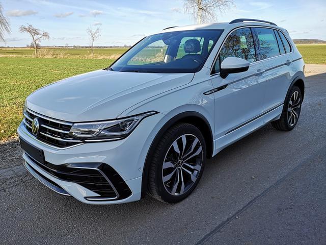 Kurzfristig verfügbares Fahrzeug, wird im Auftrag des Bestellers importiert / beschafft Volkswagen Tiguan - 2.0TDi R-Line DSG 4x4 HEAD UP el. HK. LED 20 Zoll