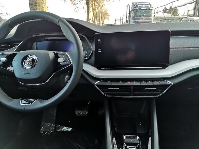 Octavia Combi 2.0TDi Style DSG Columbus Matrix Keyless Cockpit