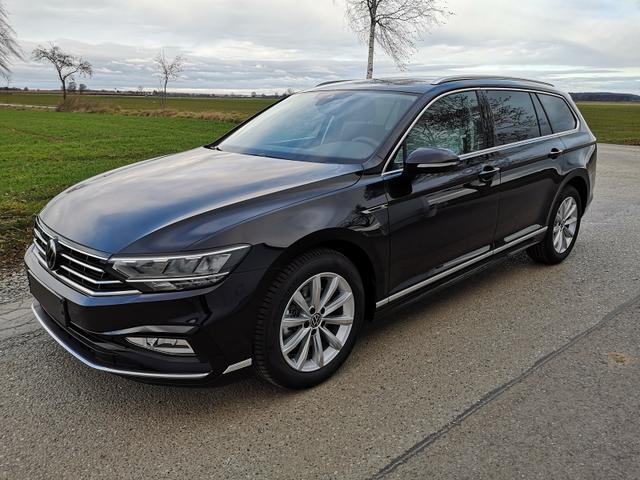 Volkswagen Passat Variant - Var. 2.0TDi R-Line DSG 4Motion ACC, elek. HK, Matrix, Navi Vorlauffahrzeug kurzfristig verfügbar