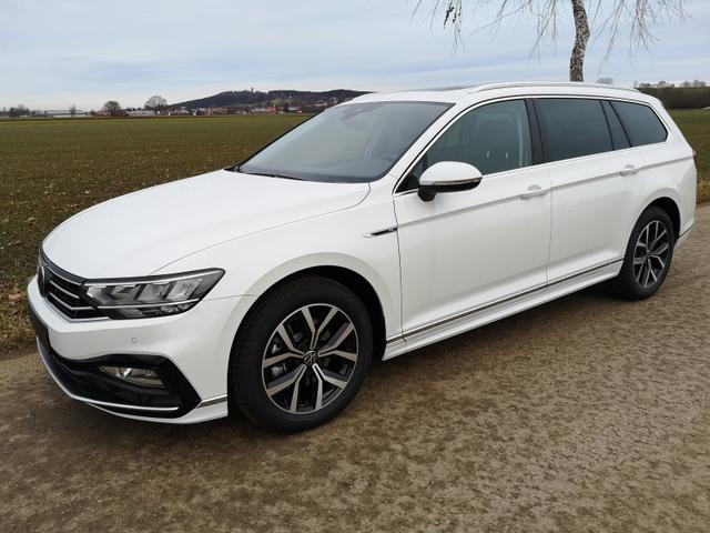 Volkswagen Passat Variant - Var. 2.0TDi R-Line DSG 4Motion AHK ACC Travelass. el.HK Velour