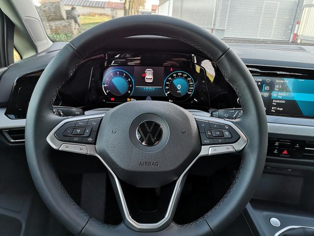 Volkswagen (EU) Golf 8 1,0TSi Life ACC LED Keyless go Virtual APP GV4