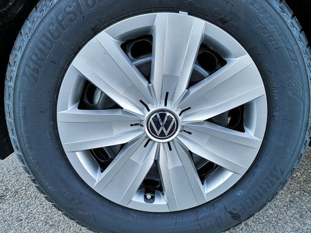 Kurzfristig verfügbares Fahrzeug, wird im Auftrag des Bestellers importiert / beschafft Volkswagen T-Roc - 1,0TSi Basic Climatronic MFL APP Sitzh.
