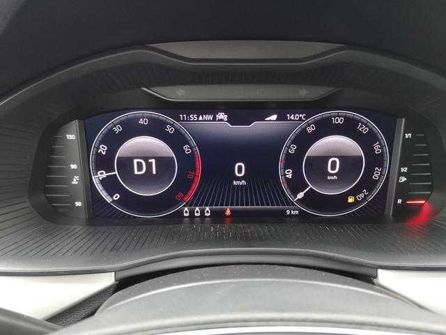 """Skoda (EU) Kamiq 1.5TSi Sport DSG Pano, LED, APP, 18"""""""