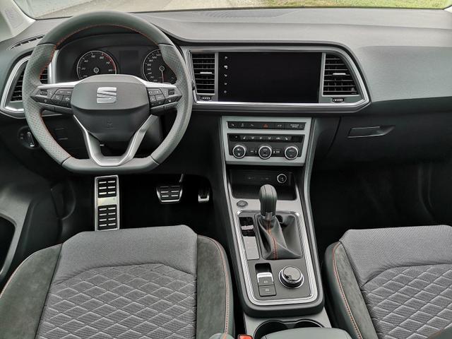 Seat (EU) Ateca 2,0TDi FR-Line DSG AHK ACC Parkl. LED Navi Spur GV5
