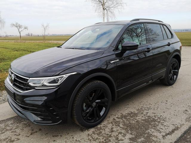 Kurzfristig verfügbares Fahrzeug, wird im Auftrag des Bestellers importiert / beschafft Volkswagen Tiguan - 2.0TDi R-Line DSG 4x4 Blackstyle HEAD UP el. HK. LED