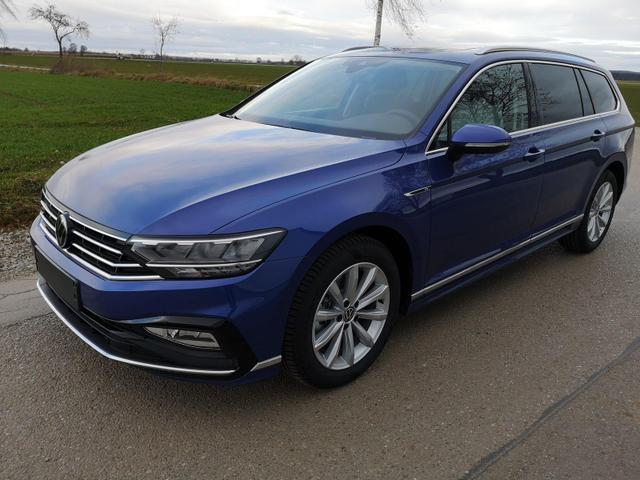 Kurzfristig verfügbares Fahrzeug, wird im Auftrag des Bestellers importiert / beschafft Volkswagen Passat Variant - Var. 2.0TDi R-Line DSG 4Motion ACC, elek. HK, Matrix, Navi