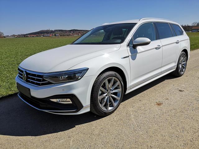 Volkswagen Passat Variant - 2.0 TDI R-Line DSG 4Motion Standh. Matrix ACC Travel Vorlauffahrzeug kurzfristig verfügbar