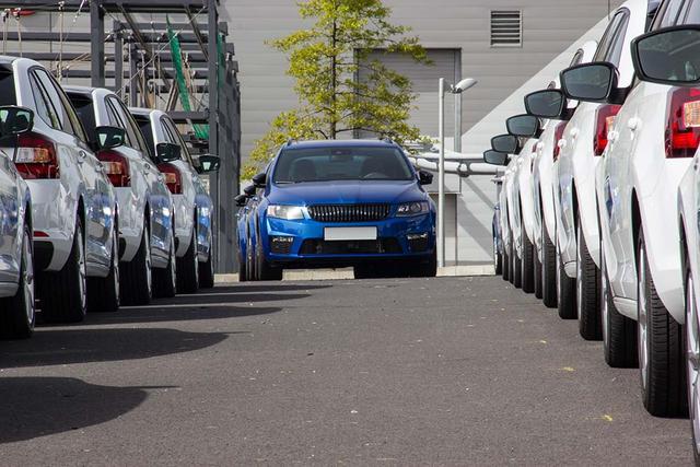 EU-Autohändler profitieren