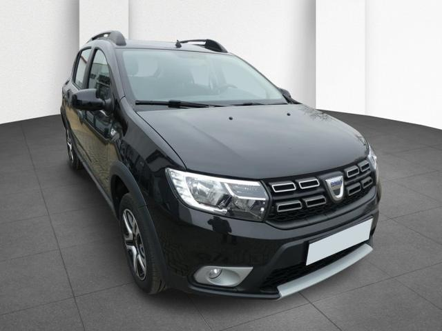 Gebrauchtfahrzeug Dacia Sandero - Stepway TCe 100 Celebration Navi Klimaauto