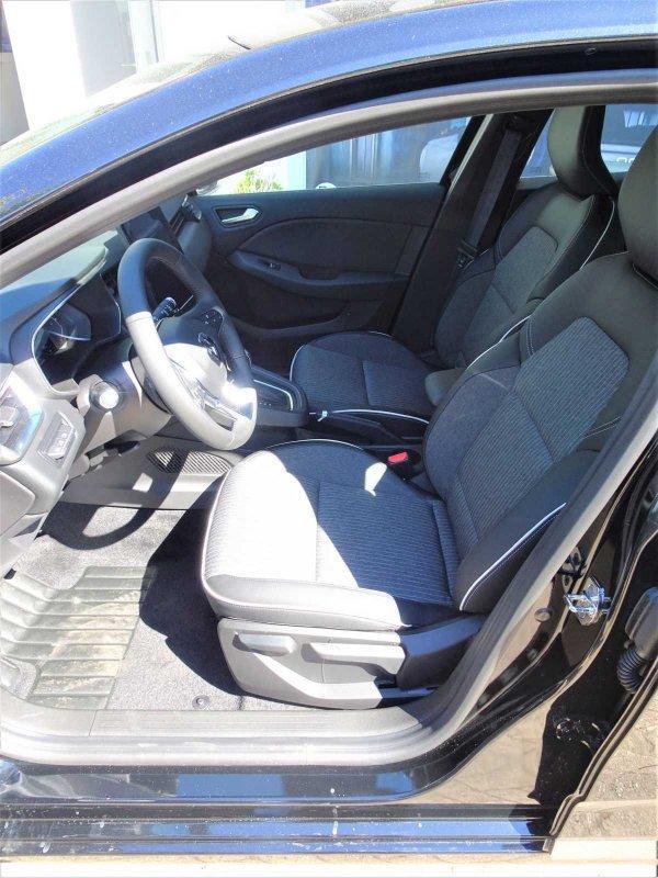 Renault Clio TCe 130 EDC Intens 9,3-Zoll Navi, Rückfahrkamera 360° SHZ
