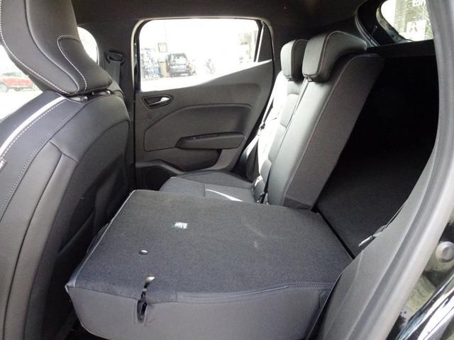 Lagerfahrzeug Renault Clio - TCe 130 EDC Intens 9,3-Zoll, Rückfahrkamera 360°