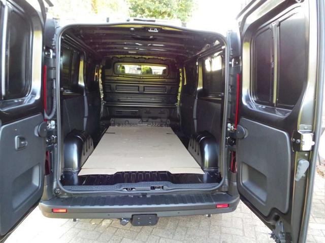 Renault Trafic Kastenwagen lang Kasten L2H1 dci 145 Klima, AHK, PDC Rückfahrkamera