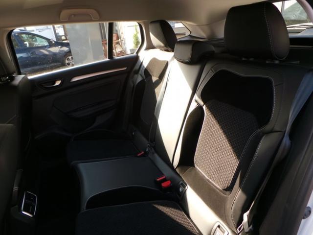 Renault Mégane Grandtour Megane TCe 140 EDC Intens Klimaauto
