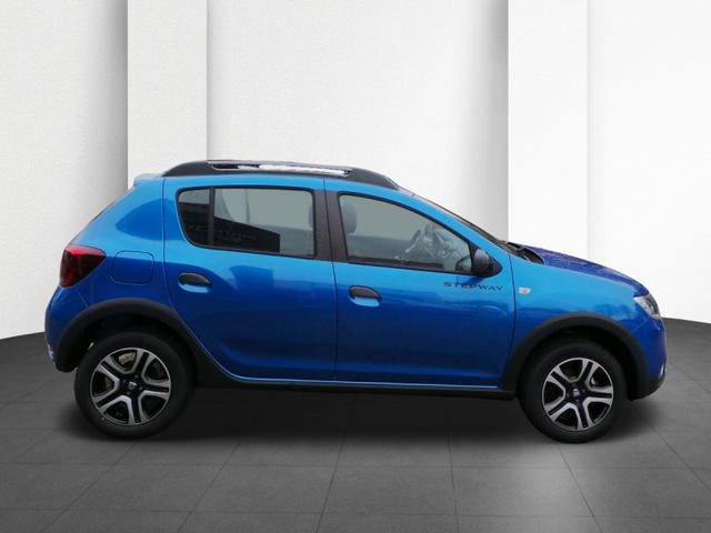 Dacia Sandero - Stepway TCe 100 Celebration Navi