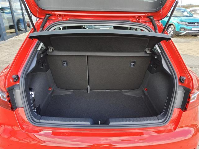 Audi A1 Sportback 25 TFSI / Spurverlassenswarner