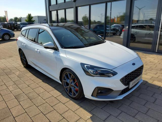 Ford Focus Turnier - 2.3 EcoBoost Autom. ST ACC / Pano