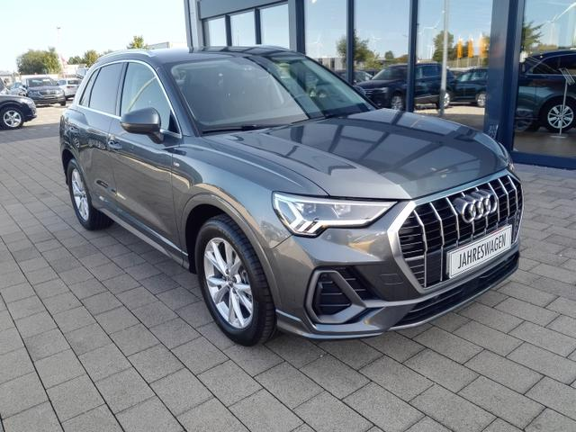 Gebrauchtfahrzeug Audi Q3 - 35 TFSI S-Tronic S-Line / Navigation SHZ