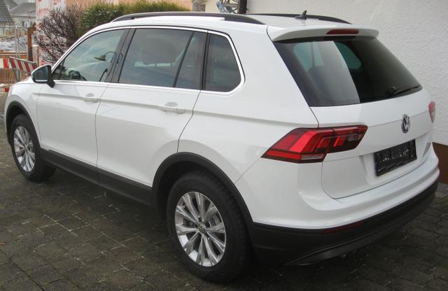 Volkswagen Tiguan - CL Business 2.0 TDi 150 PS, LED, Parkpilot, Kamera, Sitzheizung....