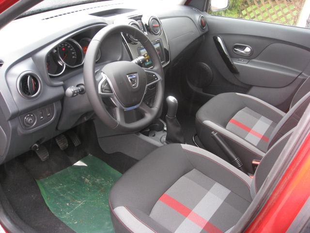 Dacia Sandero Stepway Techroad TCe 90, Navi, Klimaautomatik, Sitzheizung, Tempomat, Radio, Nebelscheinwerfer...