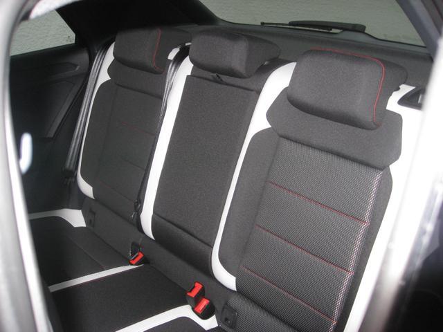 "Volkswagen T-Roc Sport 1.5 TSI 150 PS DSG, LED , Alus 17"", Navi, Sitzheizung, 4-Jahre-Garantie.."