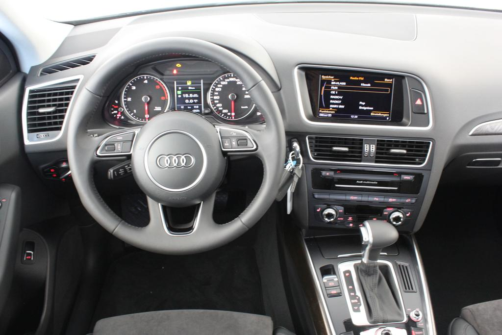 audi q5 last edition eu neuwagen reimport automarkt. Black Bedroom Furniture Sets. Home Design Ideas