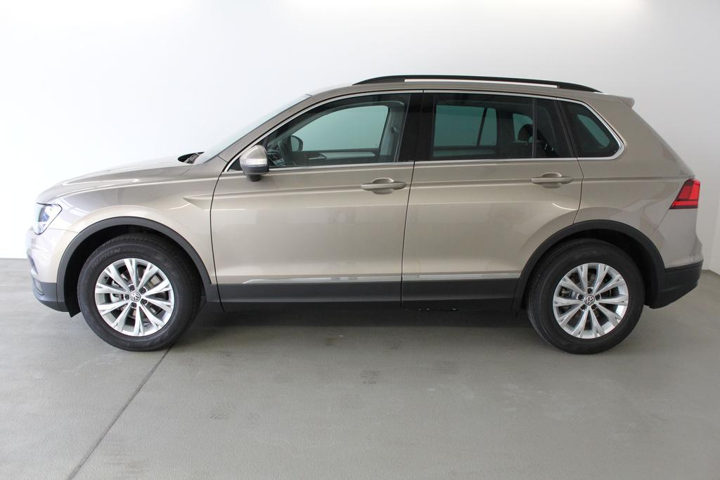 volkswagen tiguan comfortline 1 4 tsi 92kw 125ps. Black Bedroom Furniture Sets. Home Design Ideas