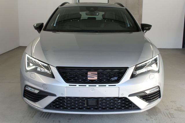 Seat Leon Sportstourer ST    Cupra 300 2.0 TSI DSG 4Drive 221kW / 300PS
