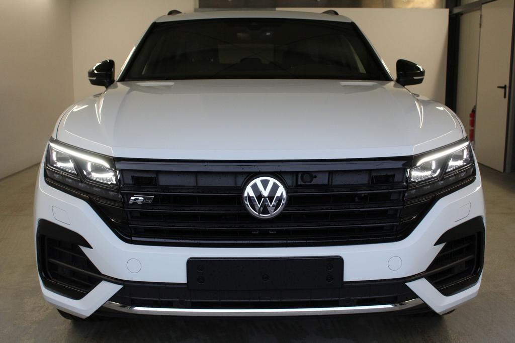 volkswagen touareg r line vollausstattung upe 3. Black Bedroom Furniture Sets. Home Design Ideas