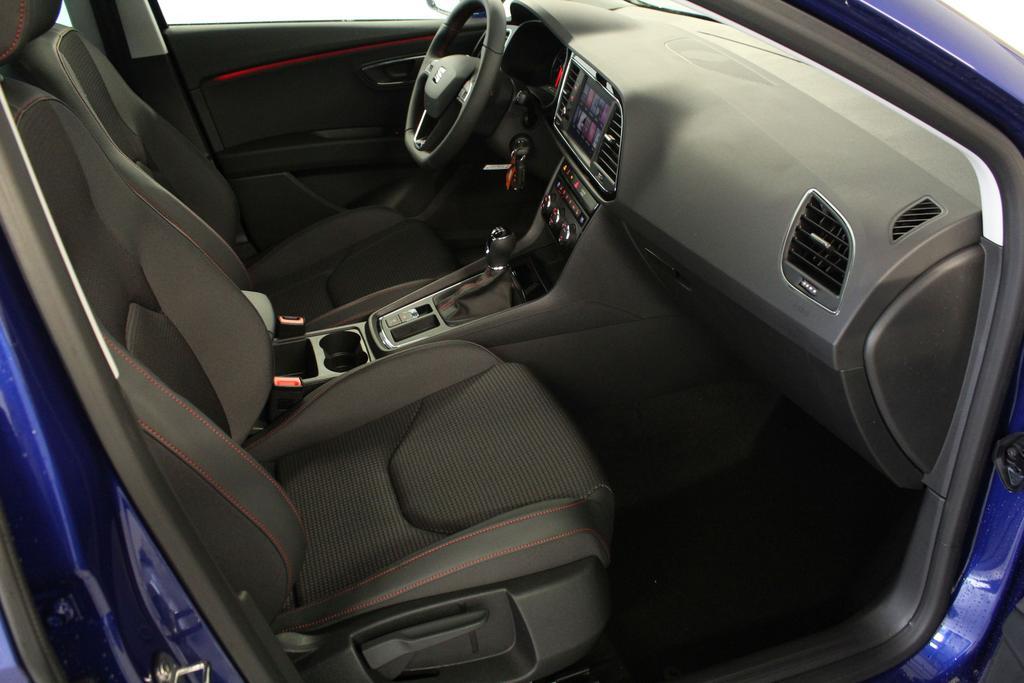 seat leon st fr 1 5 tsi 96kw 130ps reimport eu neuwagen. Black Bedroom Furniture Sets. Home Design Ideas