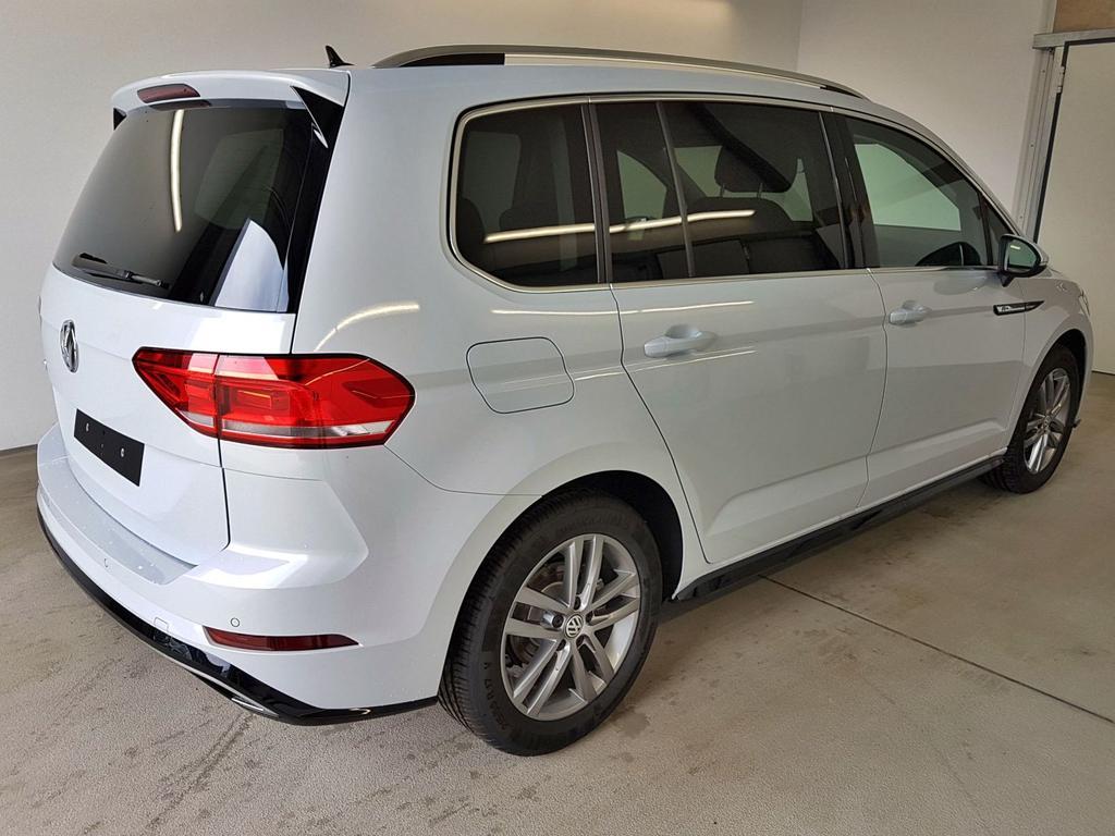 Volkswagen / Touran / Silber / R-Line 1.5 TSI ACT OPF 110kW / 150PS /  /