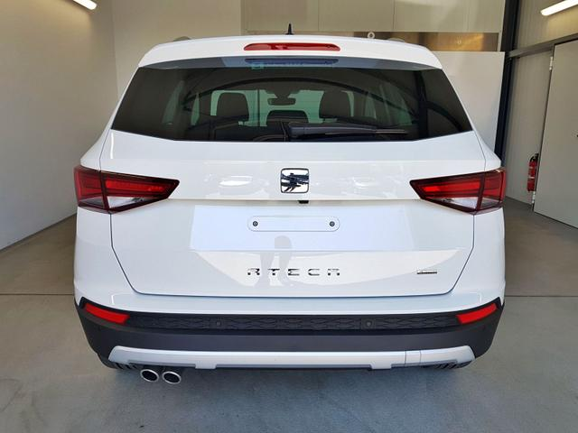 Seat / Ateca / Weiß / WLTP 2.0 TSI DSG 4Drive 140kW / 190PS /  /