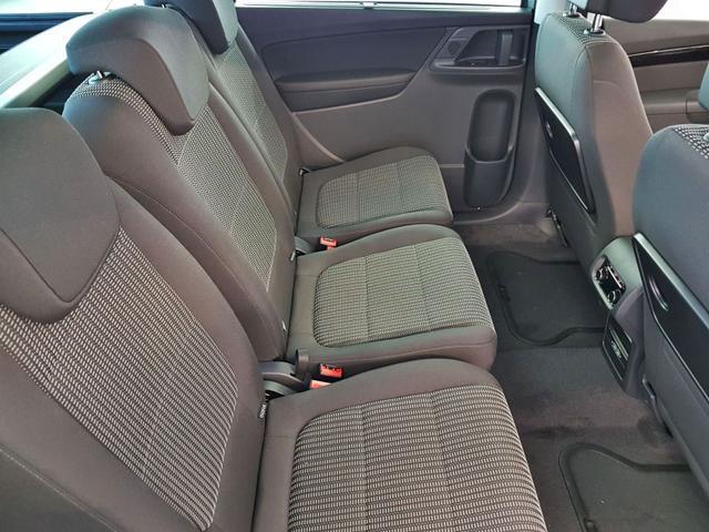 Seat / Alhambra / Grau / 2.0 TDI DSG 4Drive 130kW / 177PS /  /
