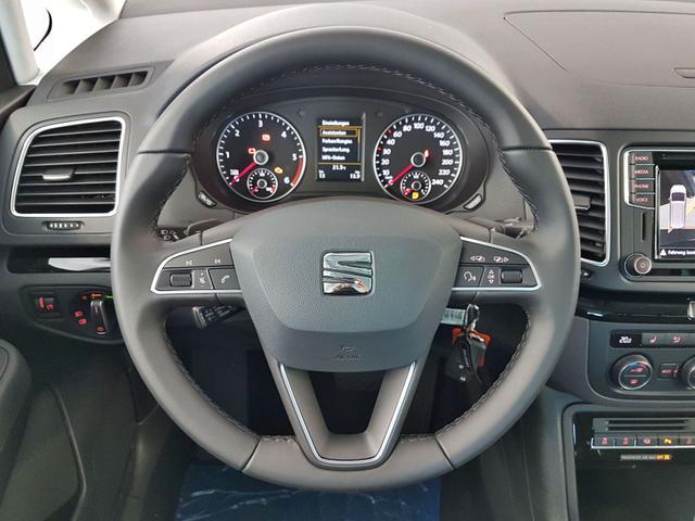 Seat / Alhambra / Schwarz / 2.0 TDI DSG 4Drive 130kW / 177PS /  /