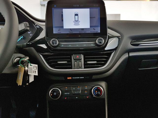 Ford / Fiesta / Schwarz / GVL 36 Mon. 1.0 EcoBoost 74kW / 100PS /  /