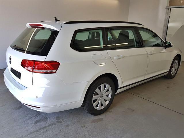 Volkswagen / Passat Variant / Weiß /  /  /