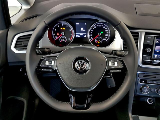 Volkswagen / Golf Sportsvan / Silber /  /  /