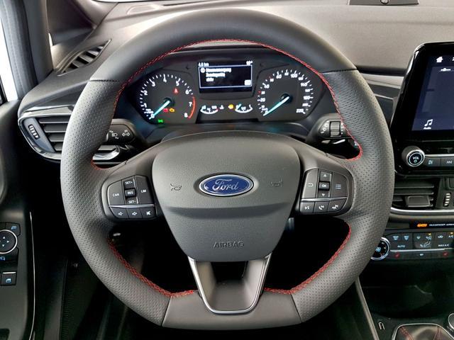 Ford / Fiesta / Grau /  /  /